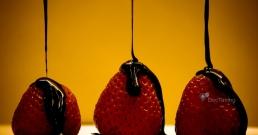 Шоколадът, ягодите и червеното вино пазят от диабет
