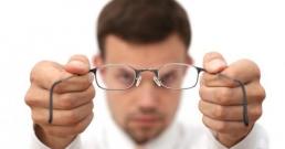 Кои навици рушат зрението ви